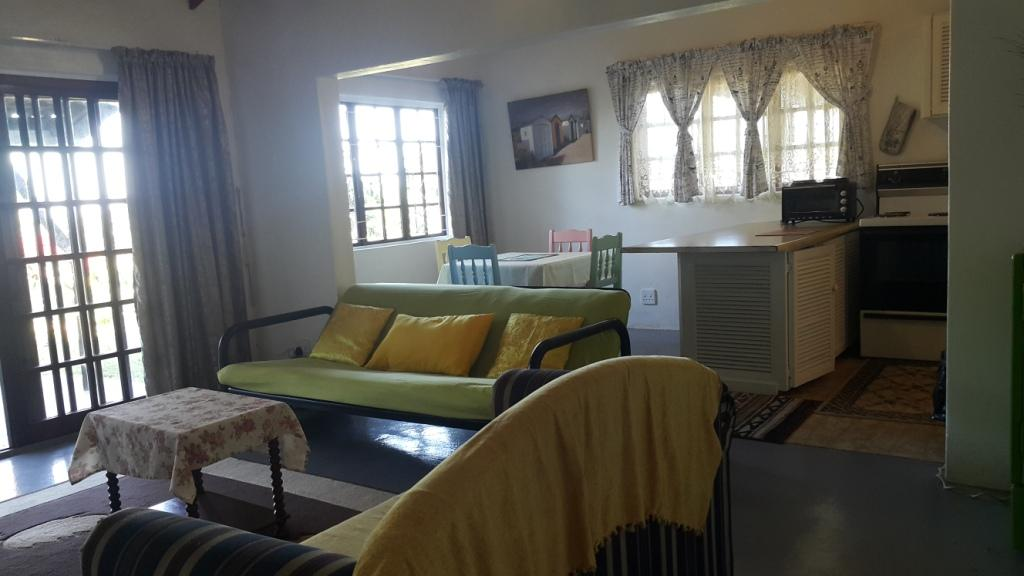 Ocean  4 Sleeper 1 Bedroom holiday Flat on South Coast KZN