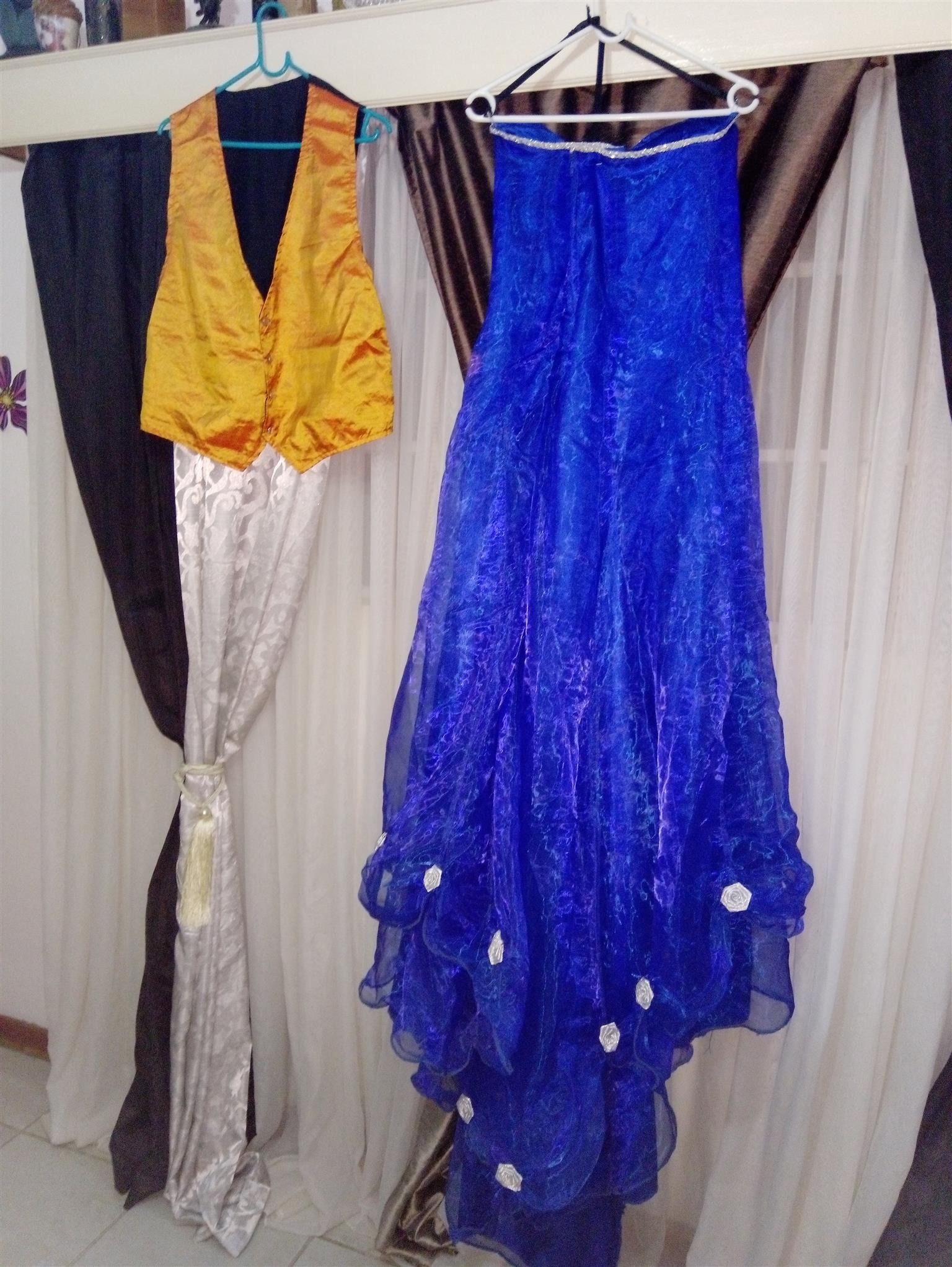 Royal blue  /Matric or wedding Dress for sale any offers I am Negotiable