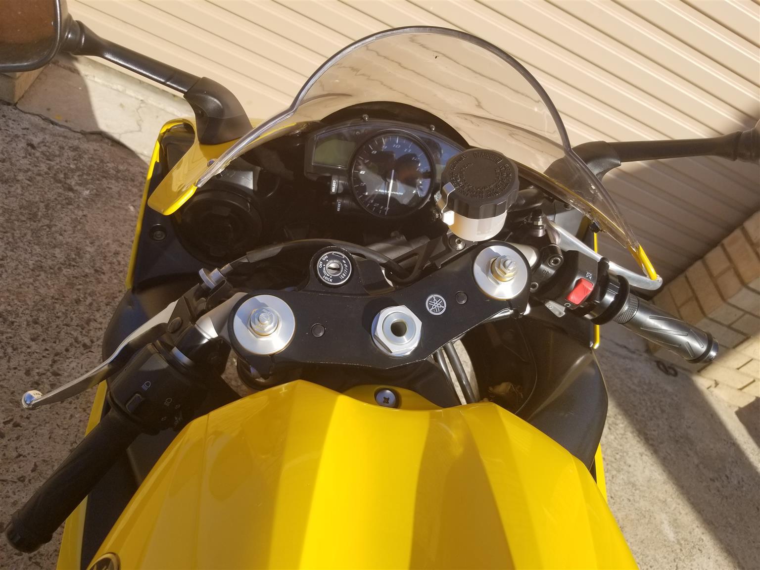 2009 Yamaha YZF R1