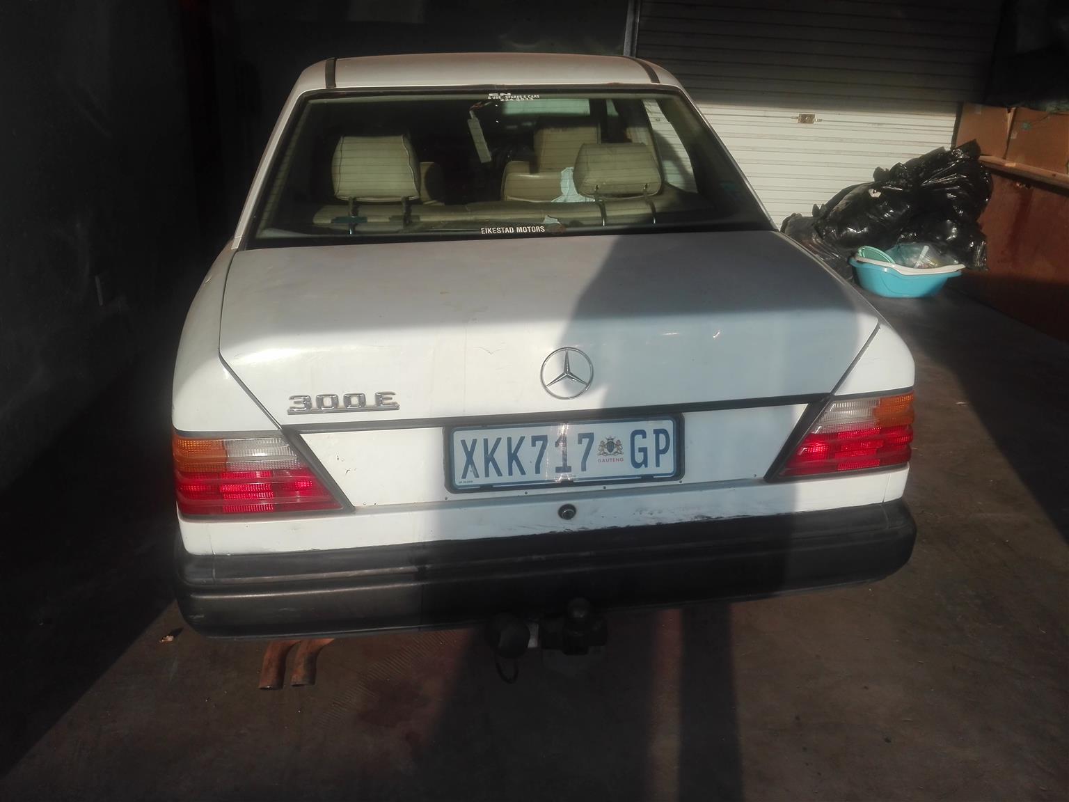 1989 Mercedes Benz 300E