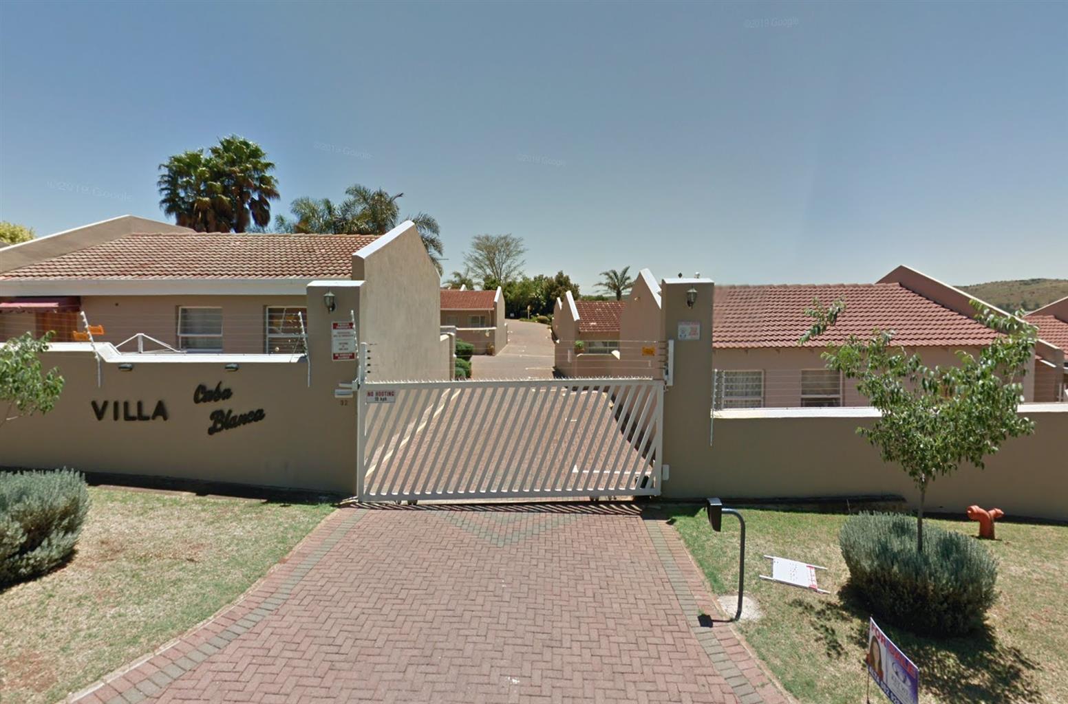 2 Bedroom Townhouse in Noord Heuwel Krugersdorp