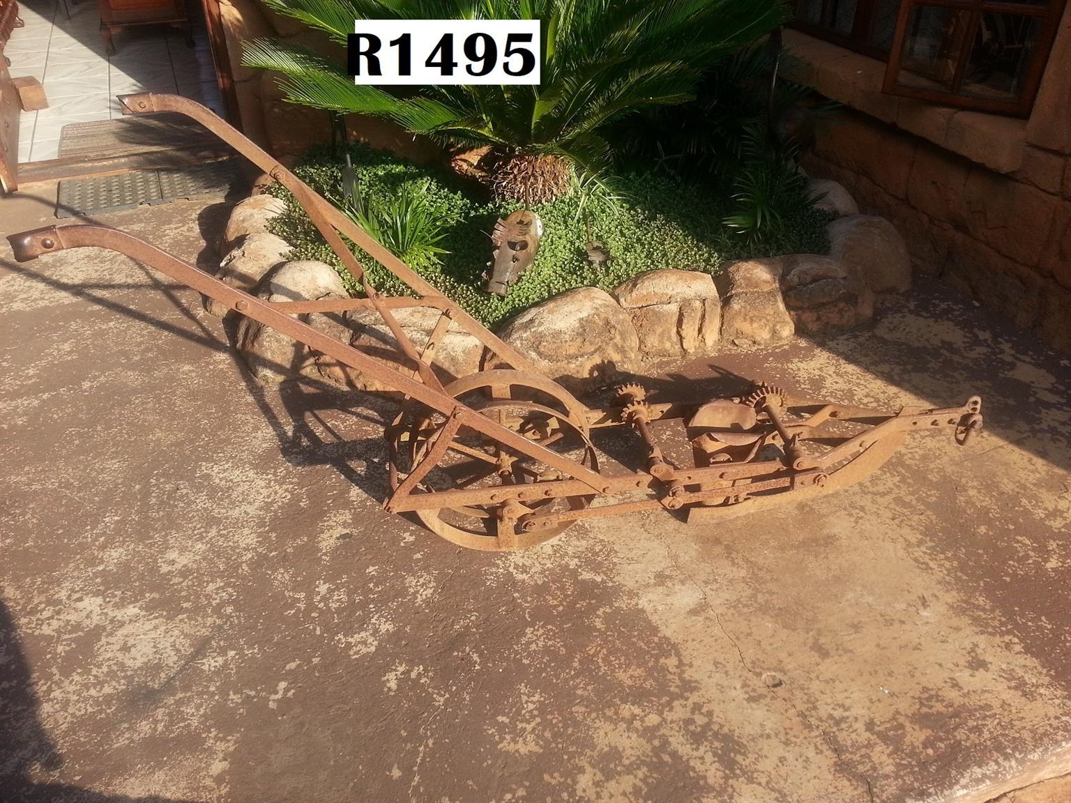 Antique Planter