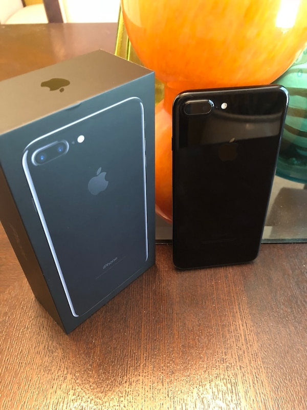 pretty nice e7849 e8518 Clean Apple iPhone 8 plus,With Accessories.128gb | Junk Mail