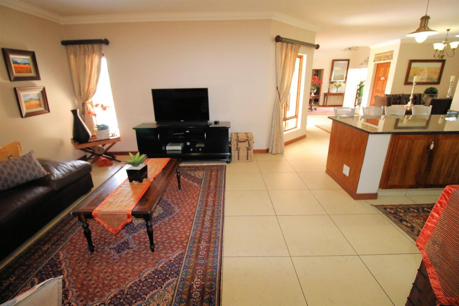 House Rental Monthly in MIDLANDS ESTATE
