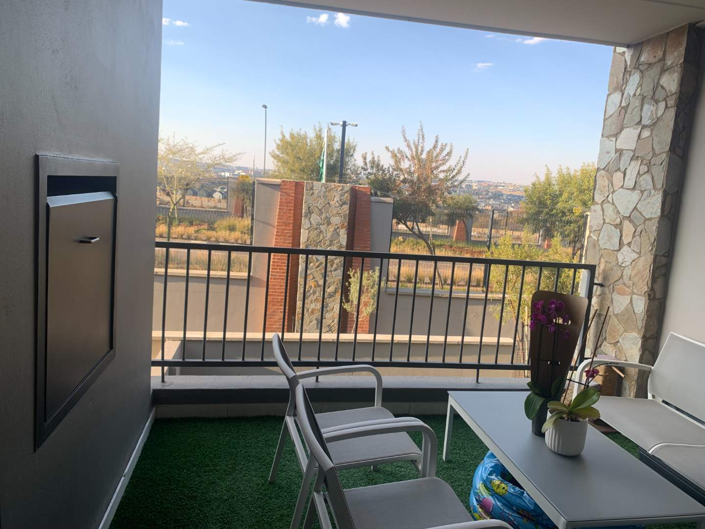 Apartment Rental Monthly in Waterfall