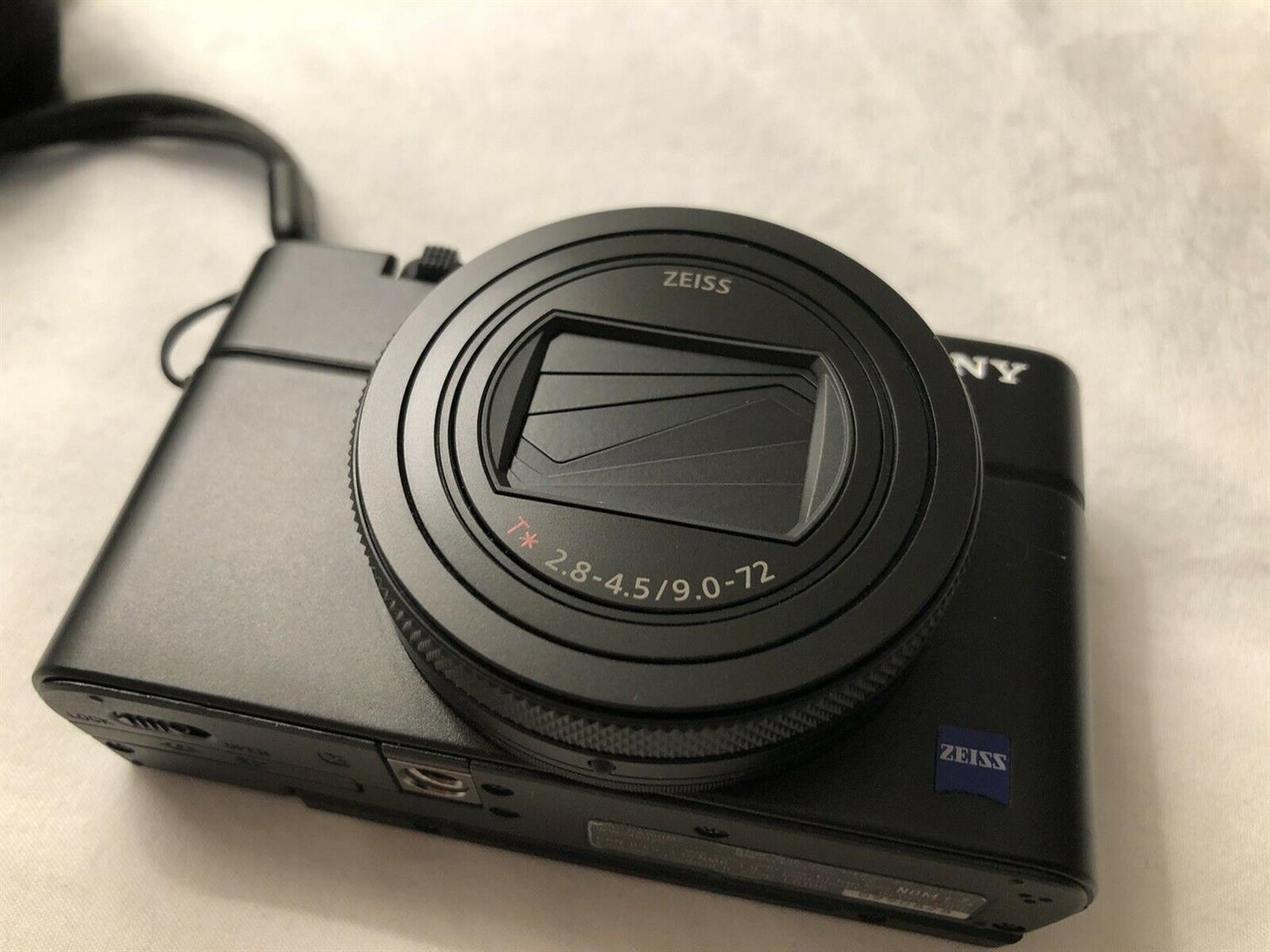 Sony Cyber-shot DSC-RX100 VII Vlogging Camera Kit