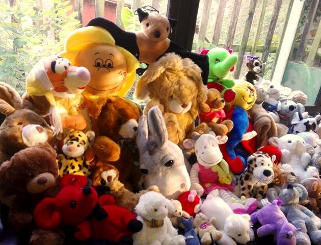 CuddleBugz pre-packed bulk packs soft toys for sale!