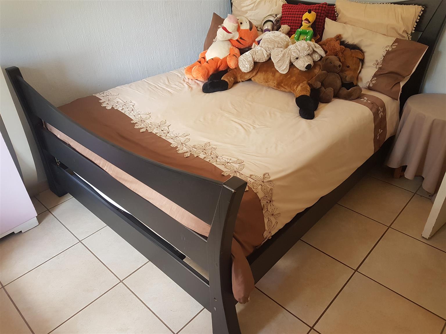 Queen Size Bed for sale + Mattress + Mattress protector