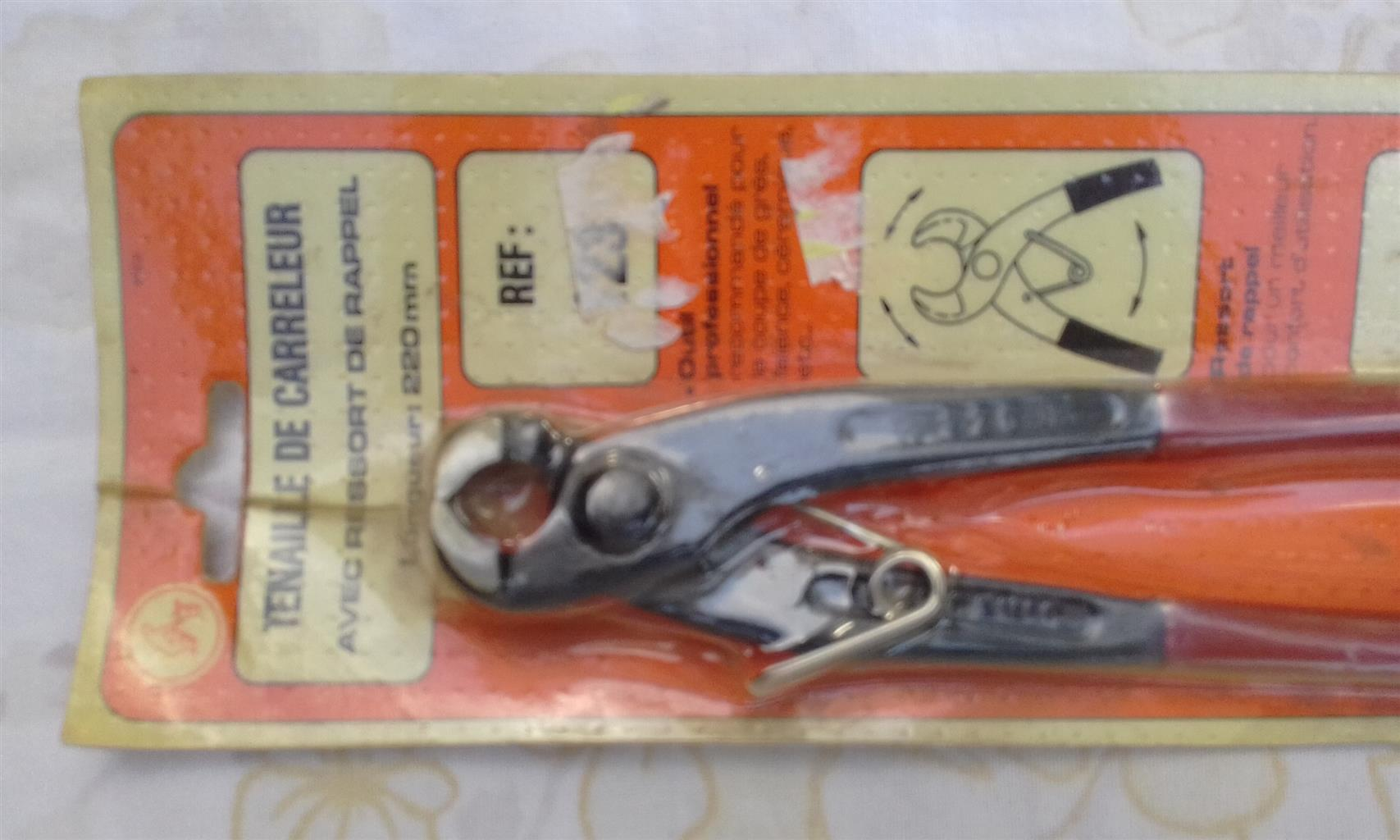 Tile Nipper for Sale
