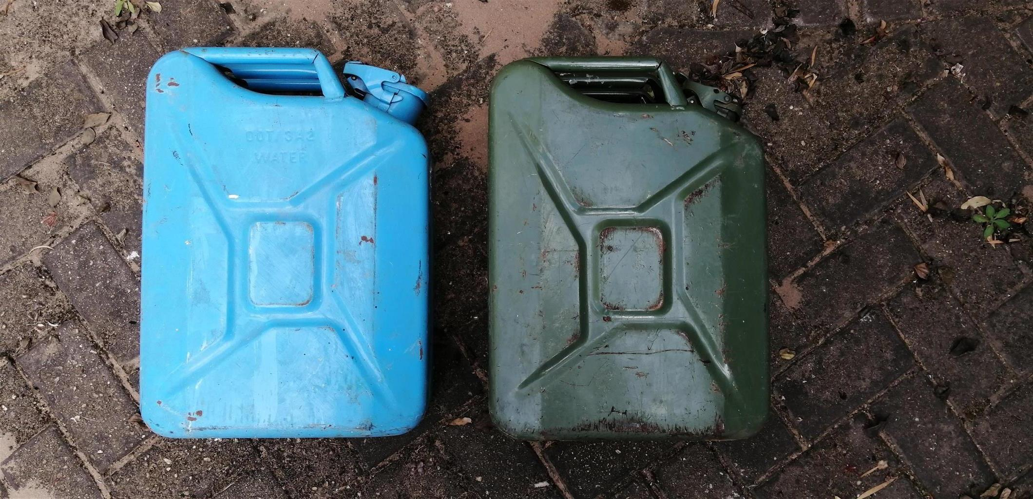 Car Accessories Jerry Cans