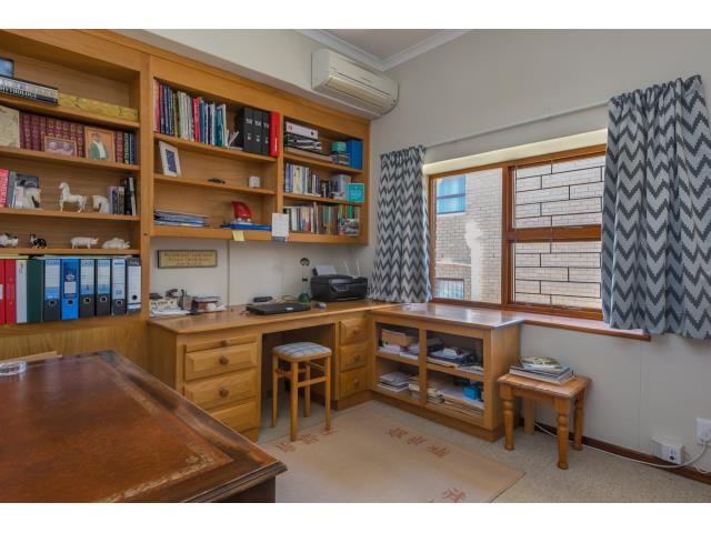 Unique 3 Bedroom Townhouse for Rent