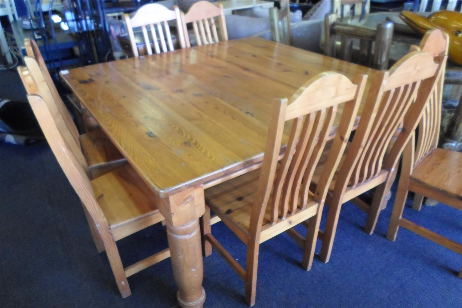 Wooden 8 Seater Dining Room Suite