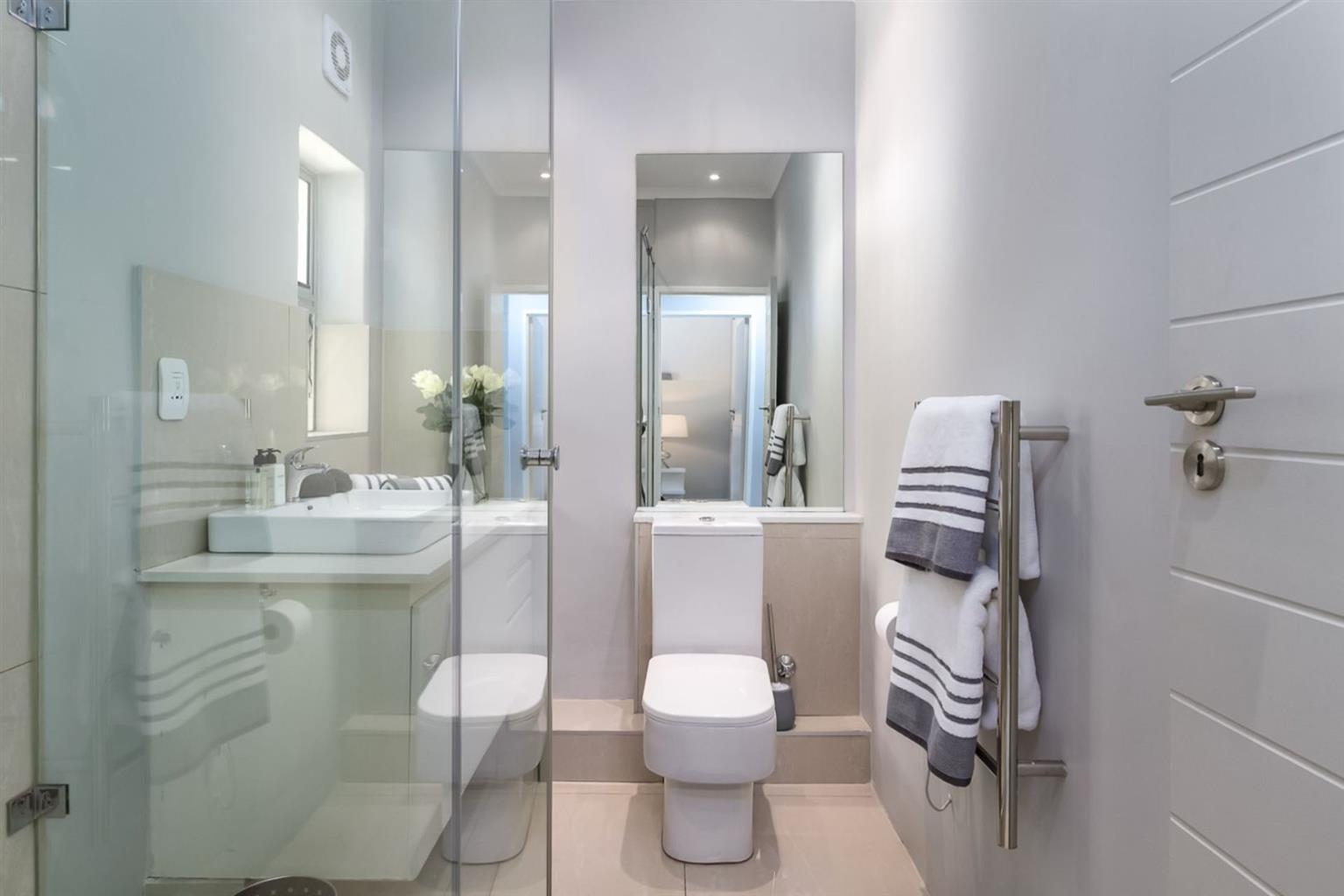 Apartment For Sale in Camps Bay