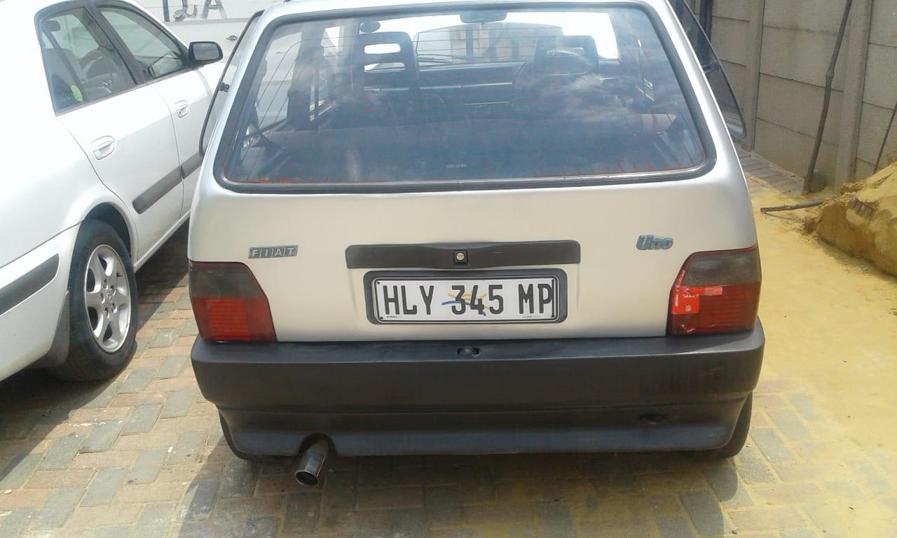 2000 Fiat Uno