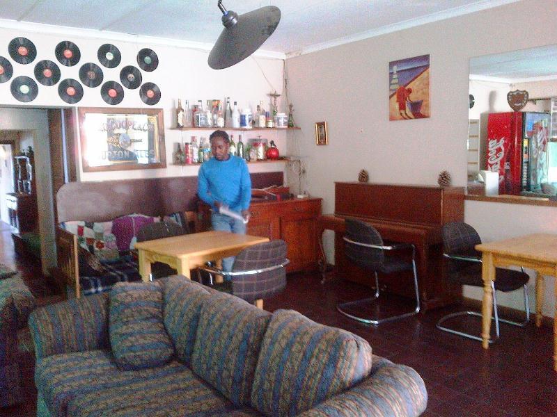Accommodation near taxi rank in Randburg