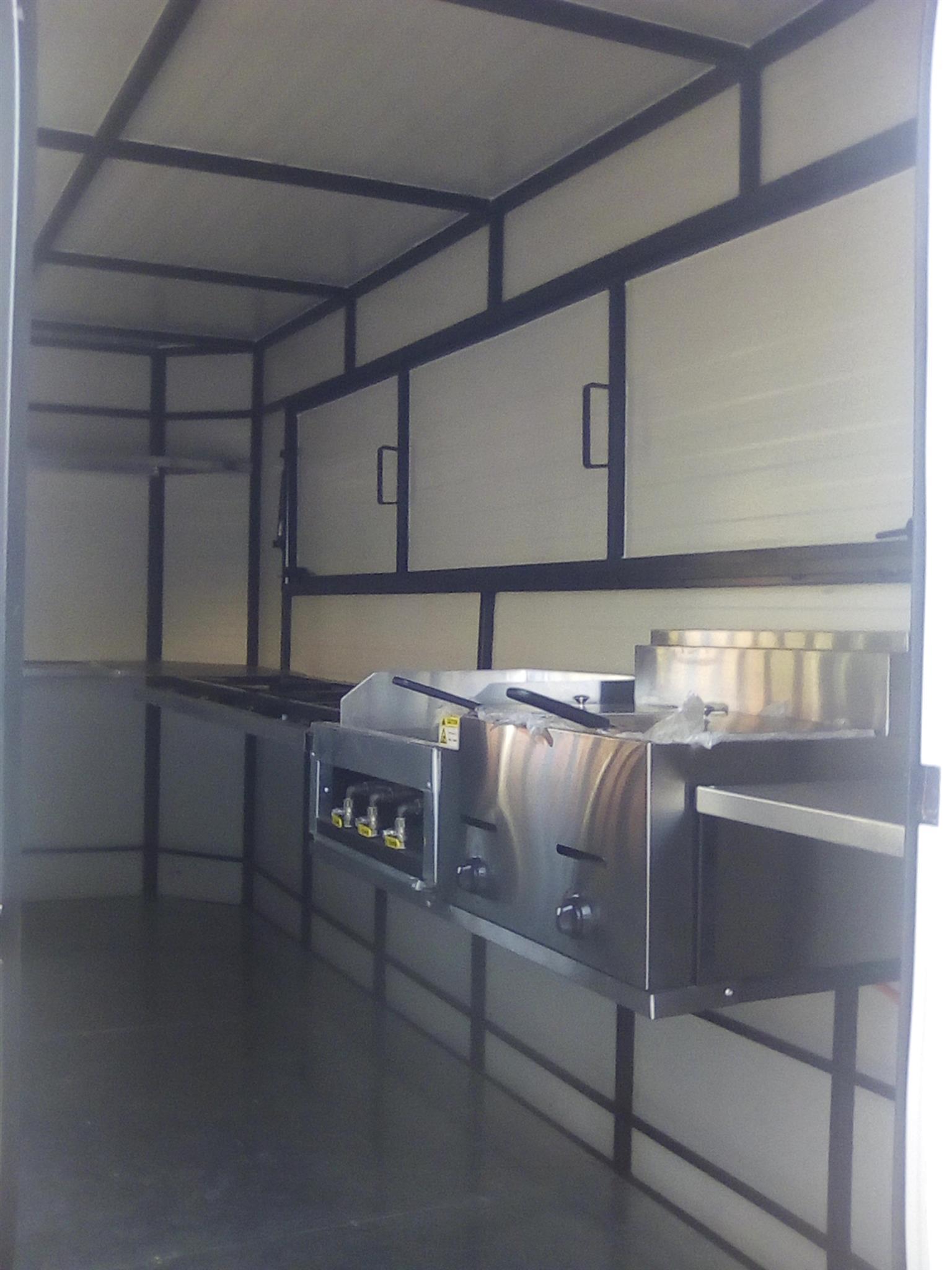 4M Mobile Kitchen