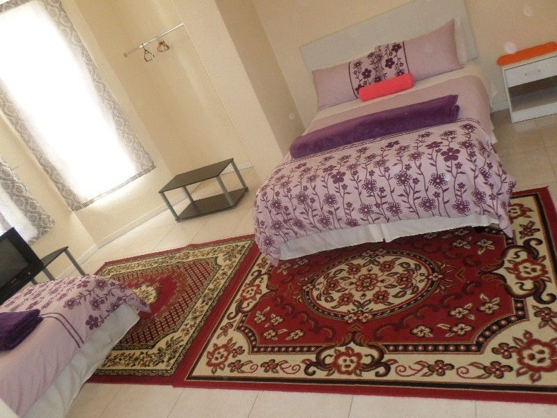 FULLY FURNISHED ACCOM,LONG AND SHORT TERM STAY,R.4500 PM INCL ELECT,WATER,DSTV,WIFI,CLEANERS