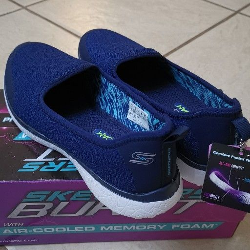 Skechers Burst with Air-cooled memory foam