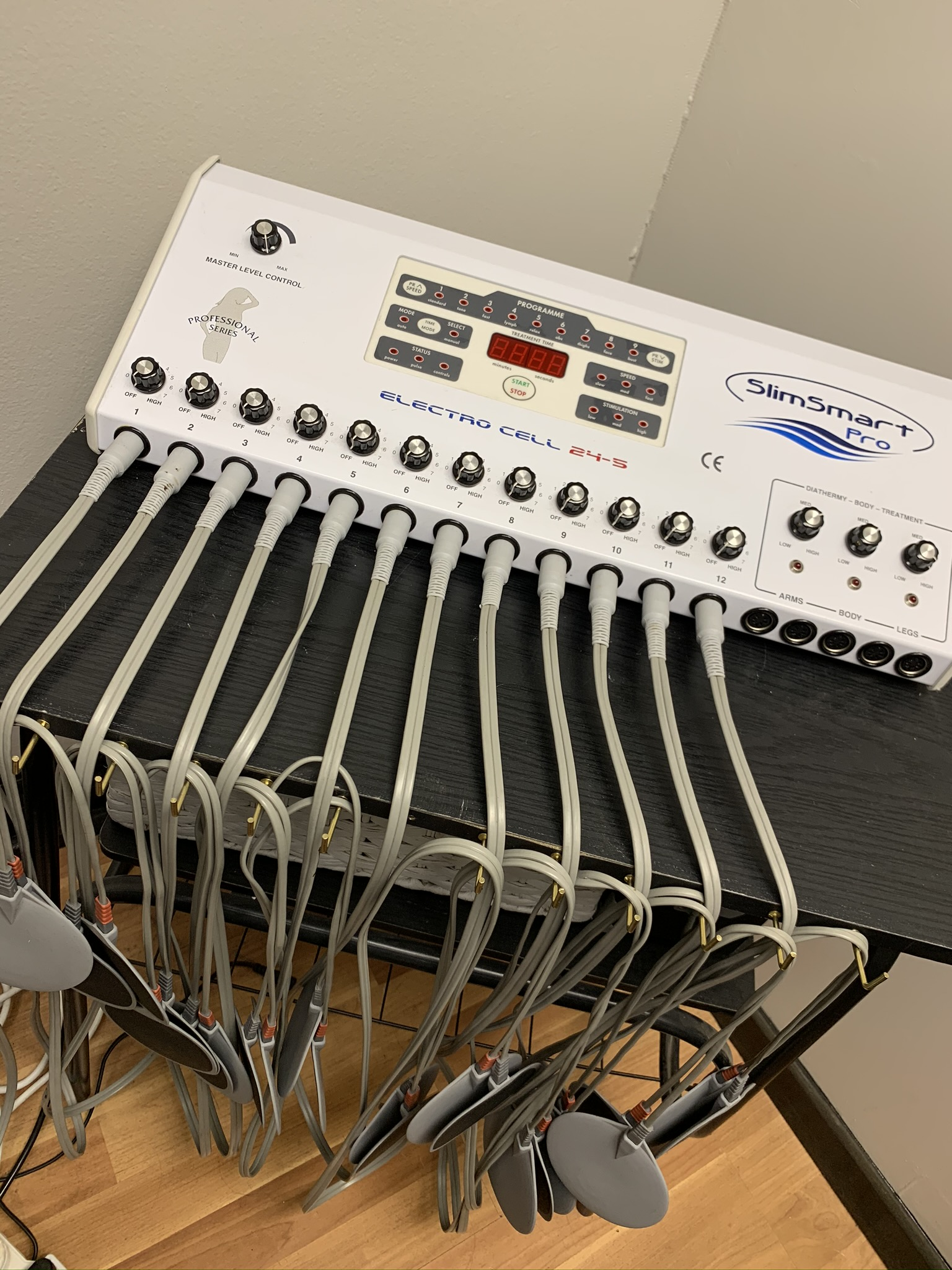 Faradic EMS Slimming Machine