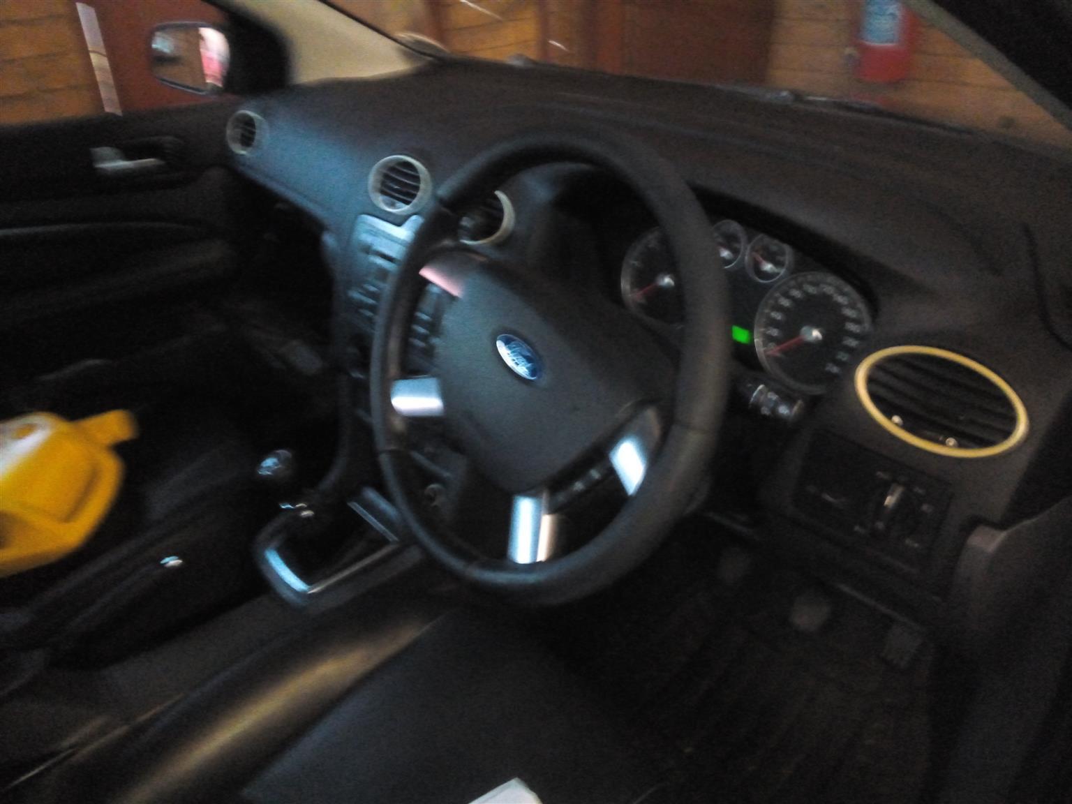 2009 Ford Focus 2.0 4 door Trend