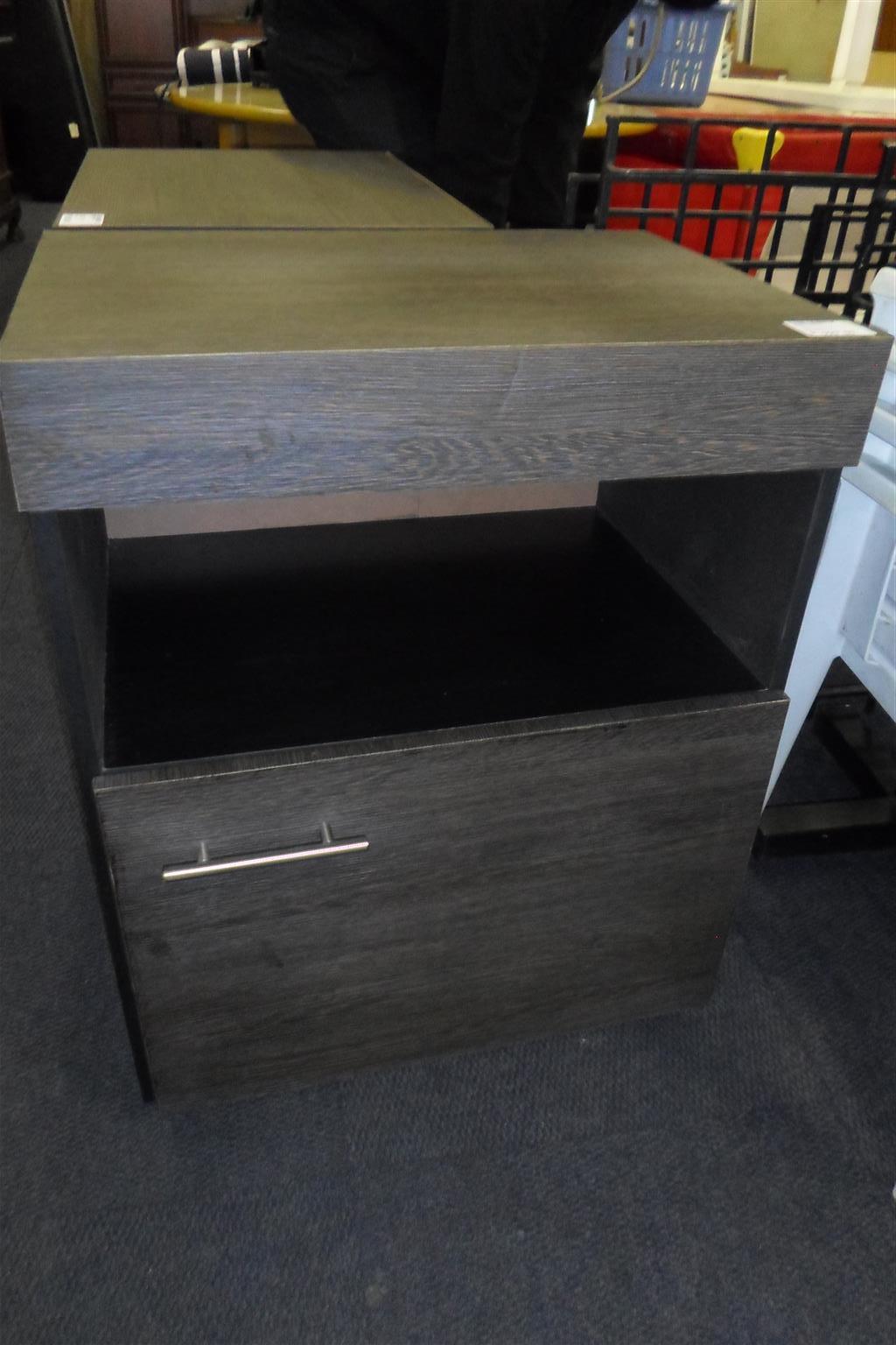 2x Wooden Pedestals - B033043262-1-2