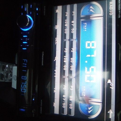 paramount car radio