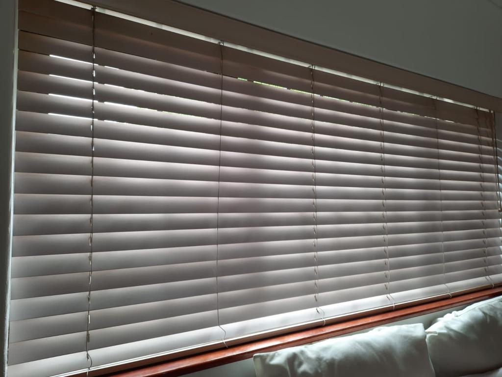 Cream coloured Wooden slatted Venetian blinds - see exact sizes and pricing belo