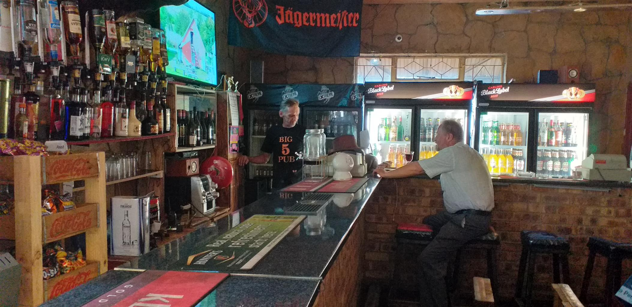 Germiston Residential  / Big 5 Pub. Rooms, Meals, Bar, Free WiFi