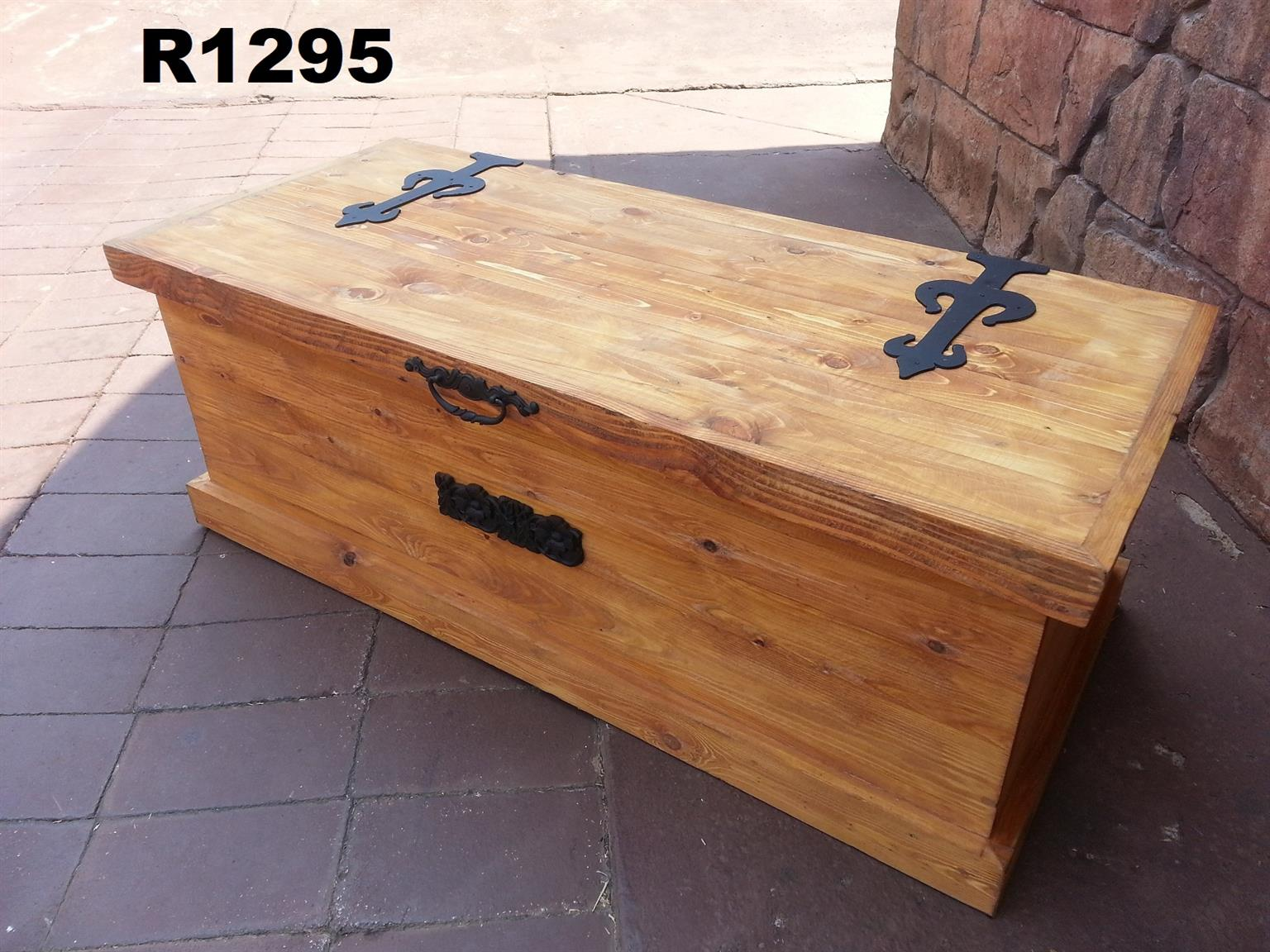 Big Pine Treasure Chest (1220x535x450)