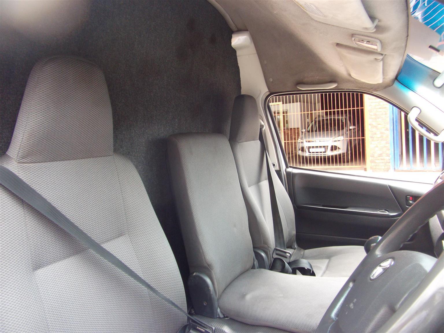 2016 Toyota Quantum 2.5D 4D panel van
