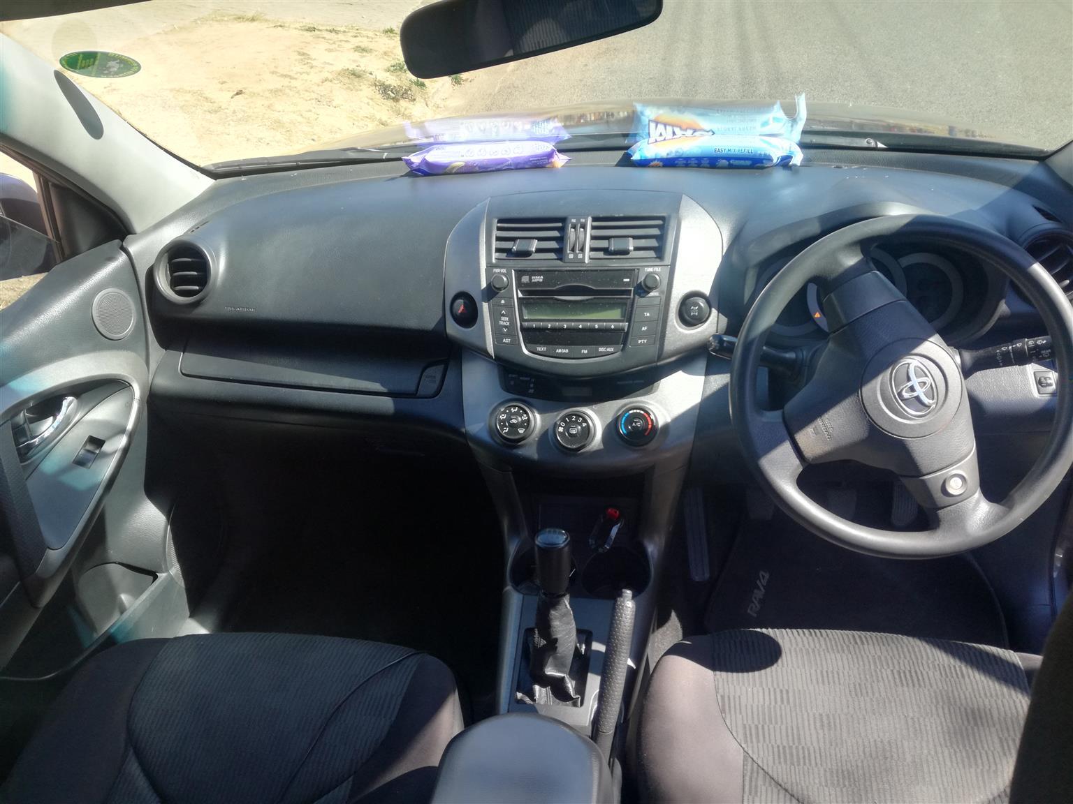 2011 Toyota Rav4 RAV4 200 5 door 4x4