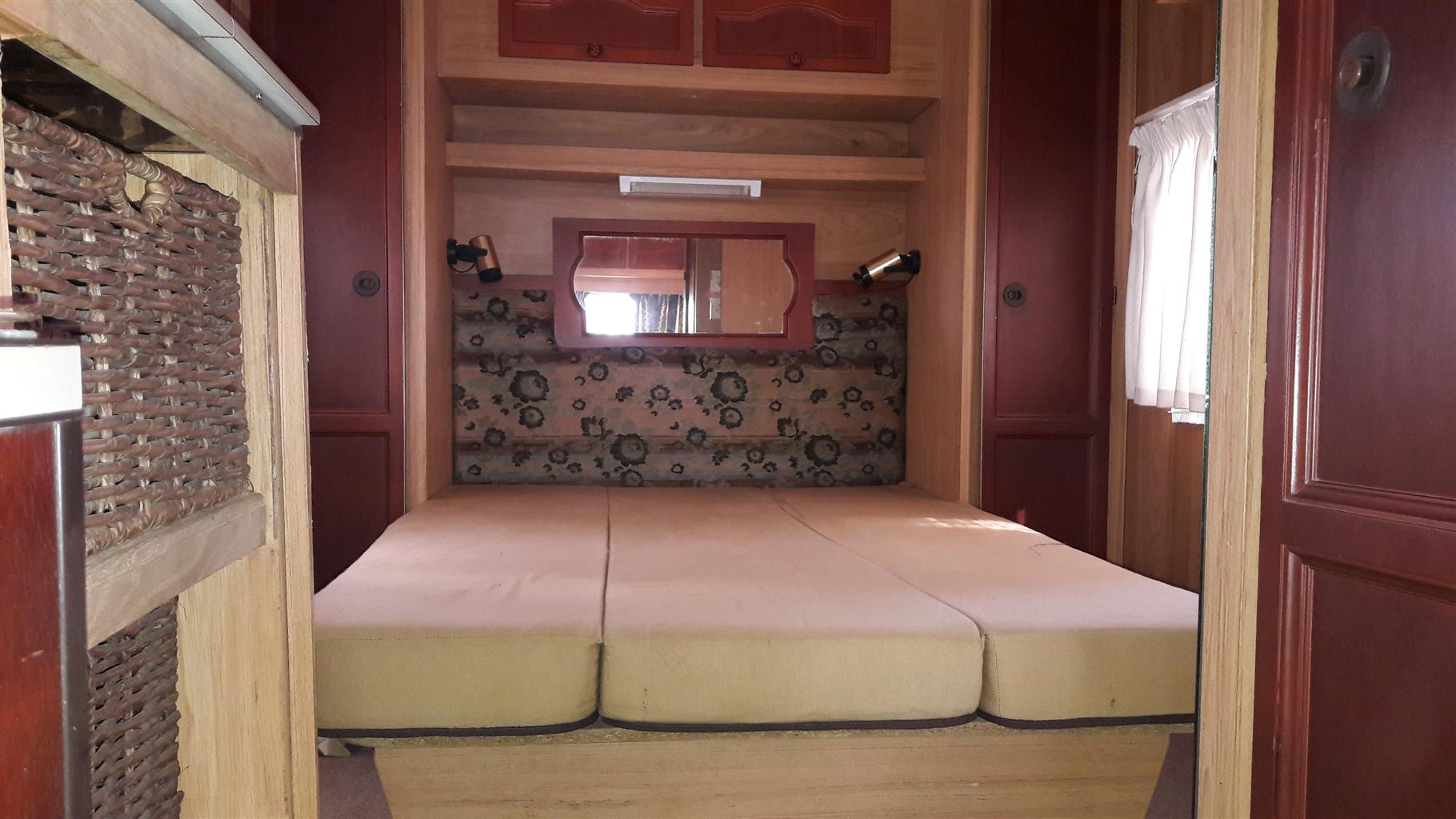 gypsey 4 with full tent toilet cubicle and eiland bed in excellent condition must be seen