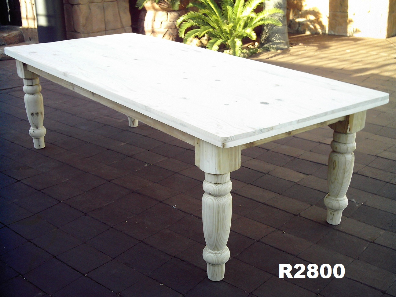 10 Seater Farmstyle Table (2500x1200)