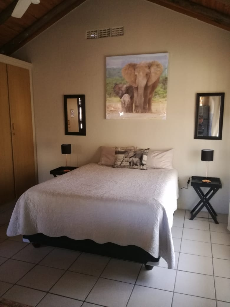 Leeupoort Woonstel met swembad te huur op langtermyn naby Koedoeskop Limpopo