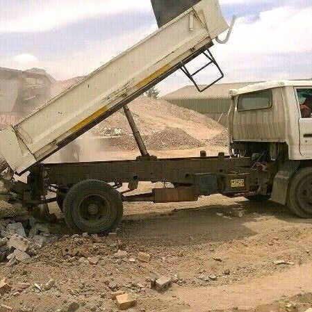 R600/RUBBLE REMOVAL/TLB HIRE