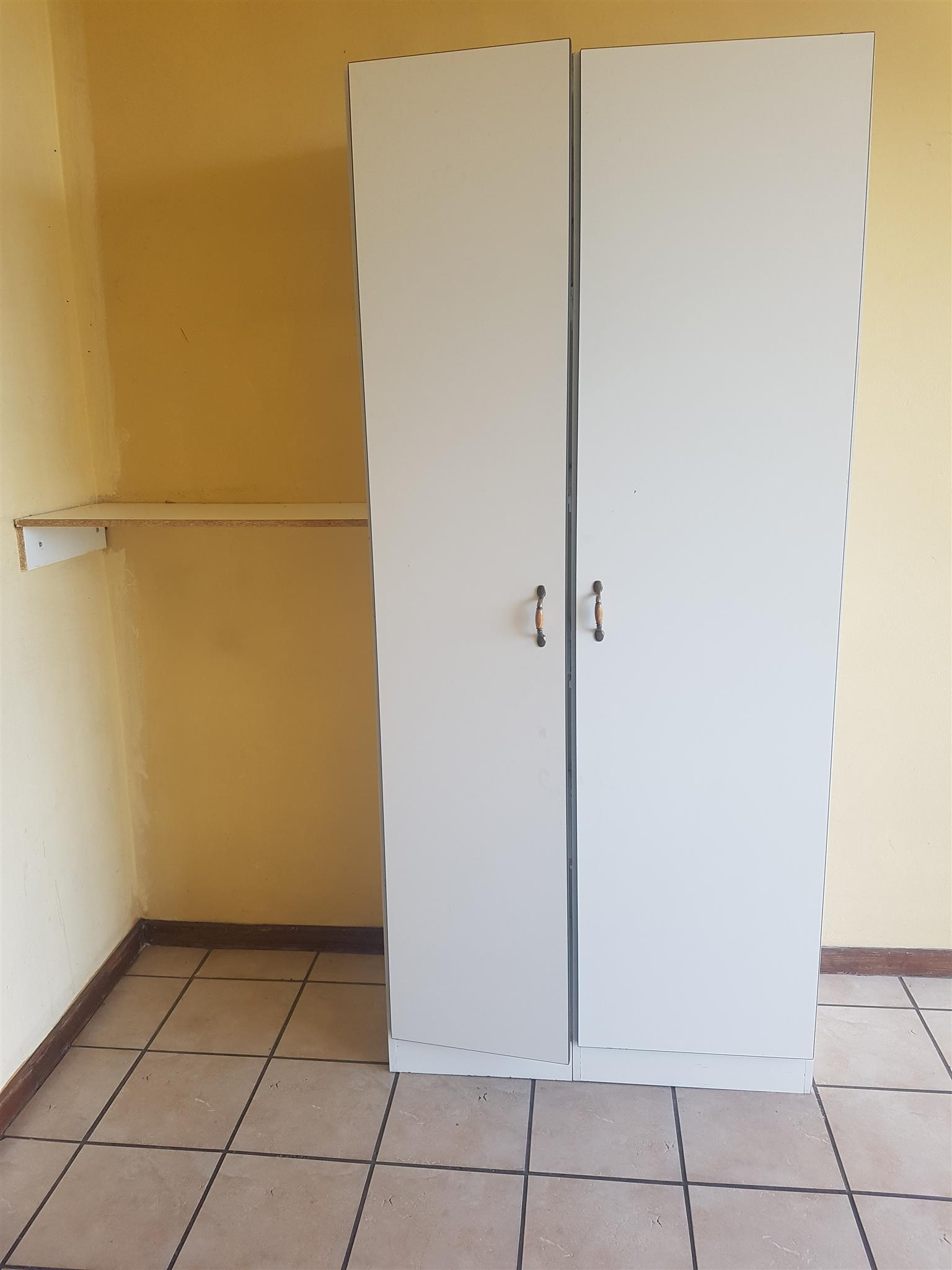 Sunnyside rooms to rent from R1330-R1754 five rooms in a flat shared communal facilities secure block