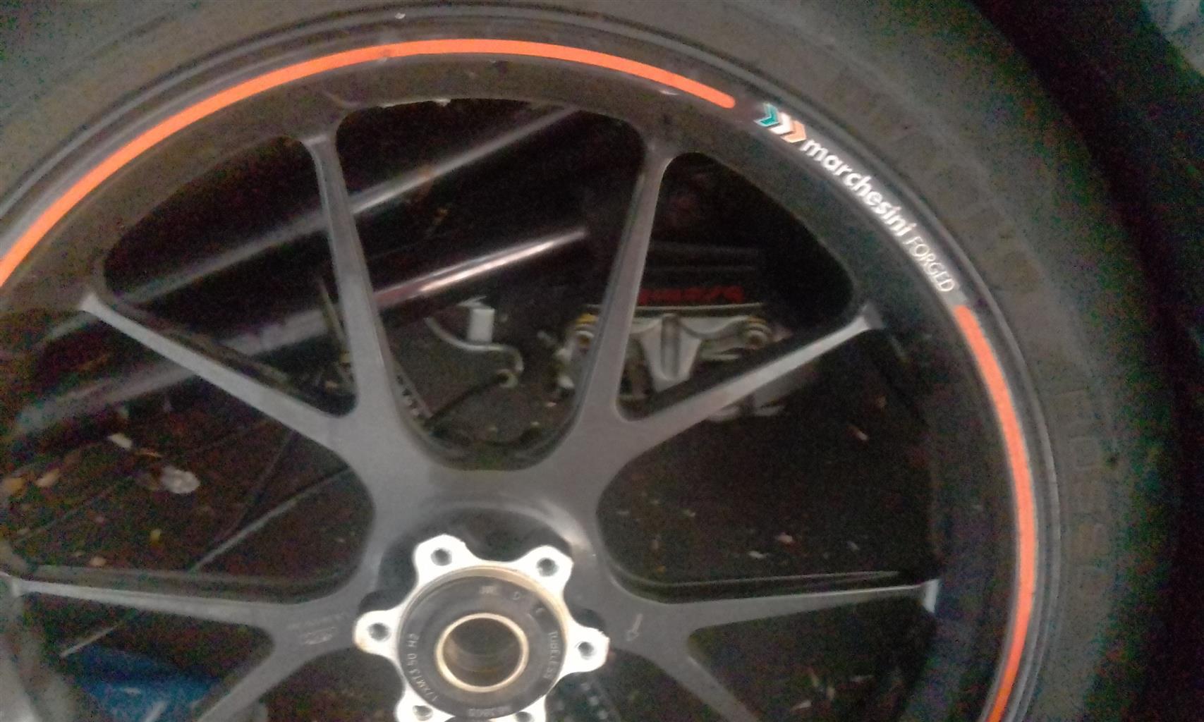 "Pirelli 17"" Diablo Rossi front tyre 4 sale"