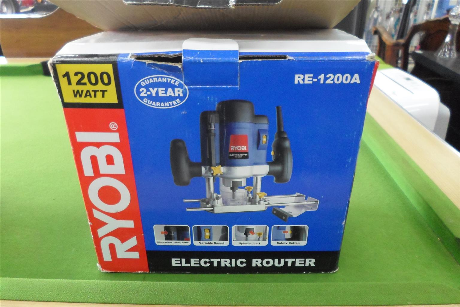 Ryobi RE-1200A Electric Router