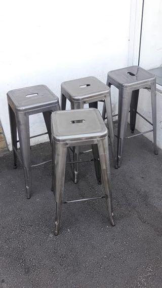 4 metal (tolix) bar stools 77cm