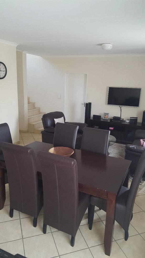 Townhouse Rental Monthly in Blue Hills