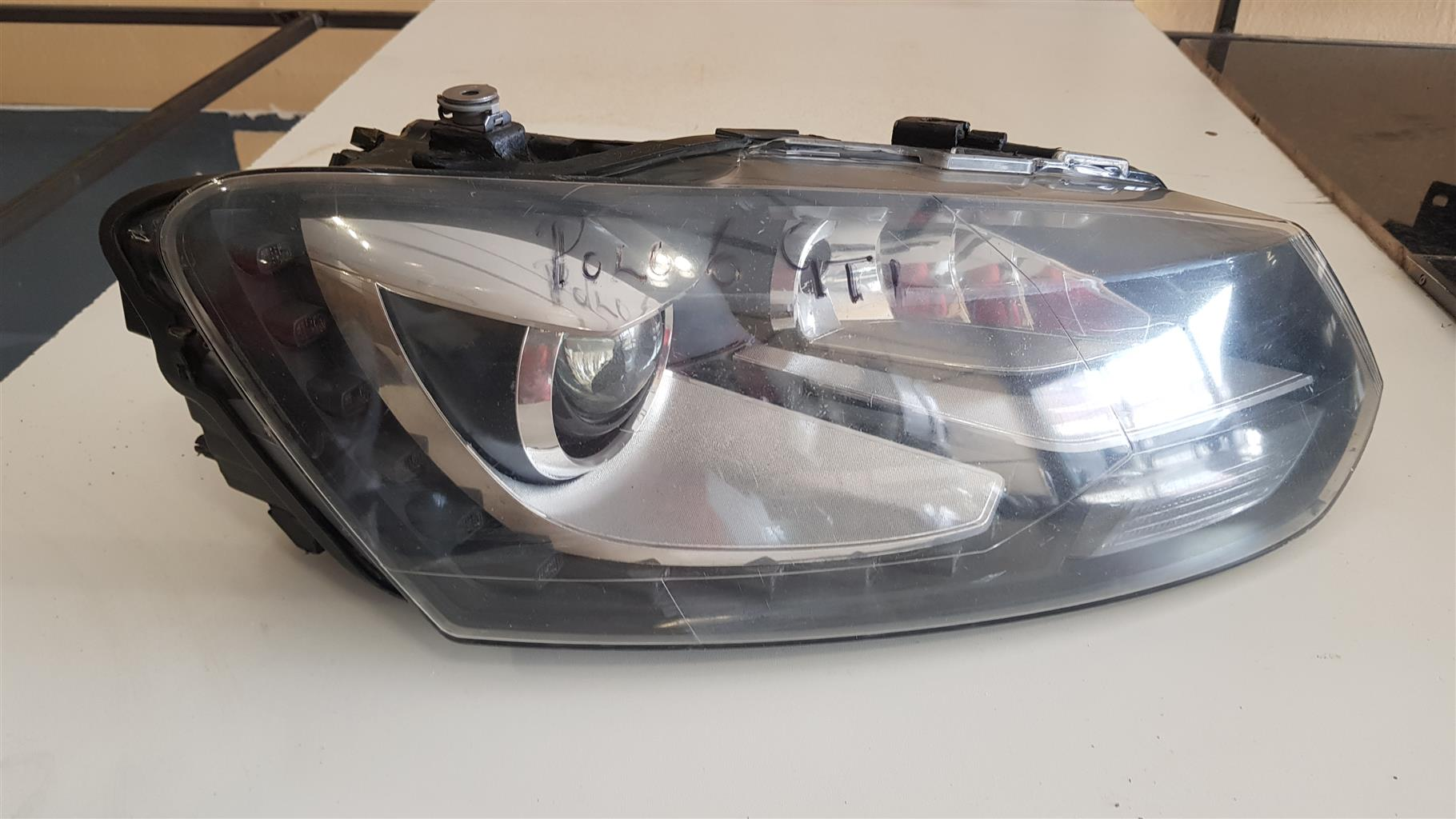 POLO 6 GTI LEFT SIDE HEADLIGHT FOR SALE