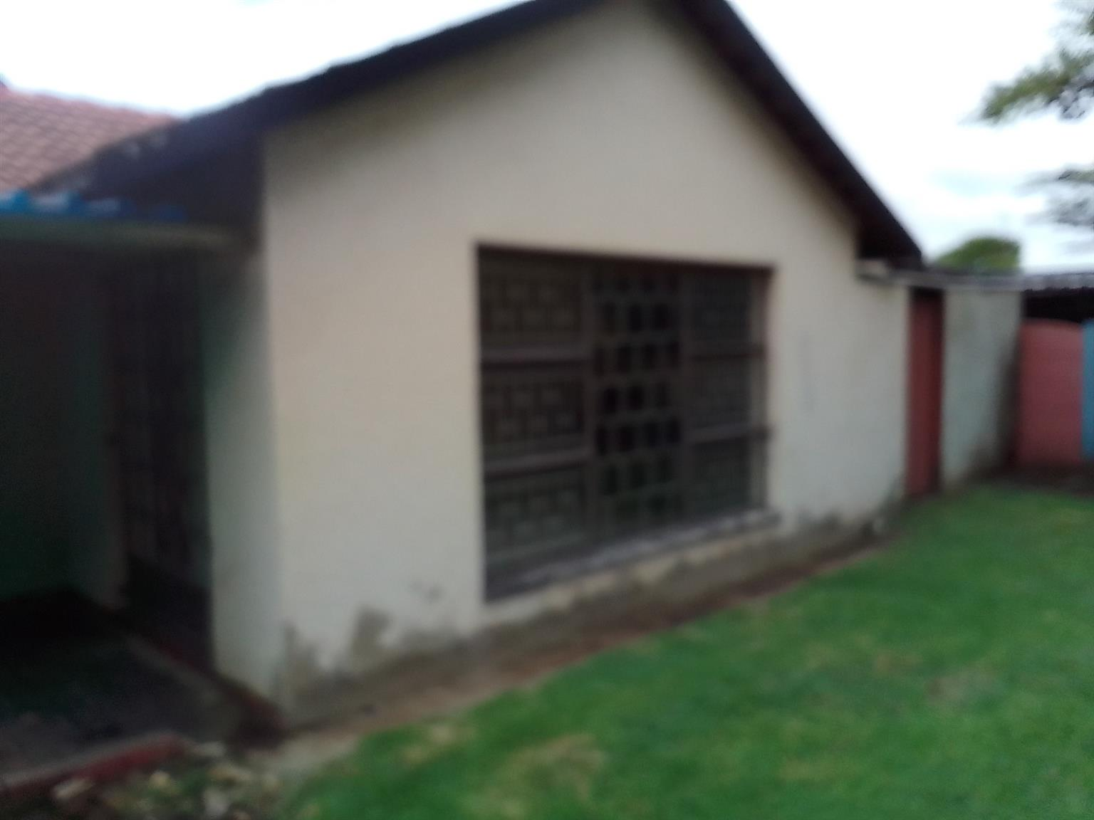 House Rental Monthly in Leachville Ext 1