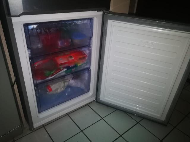 455 Litre Defy Fridge & Freezer with Water Dispenser