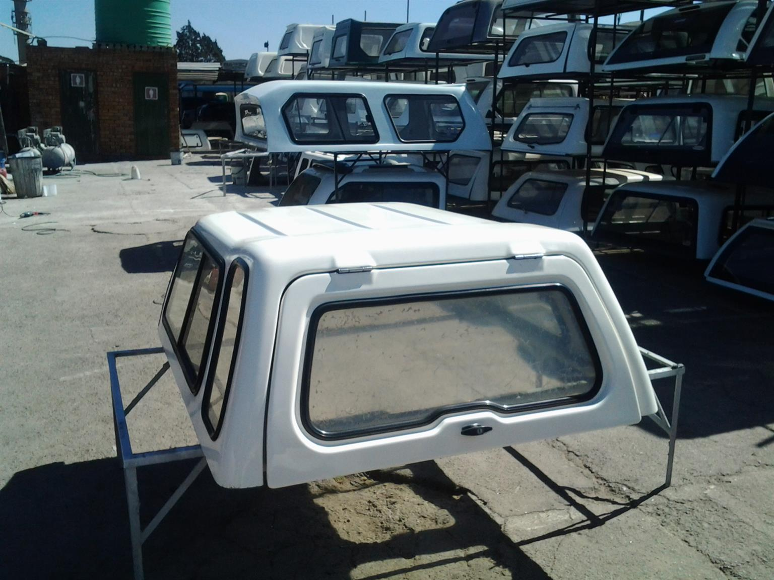 PRE OWNED ANDY CAB FORD BANTAM CANOPY FOR SALE!!!!!!