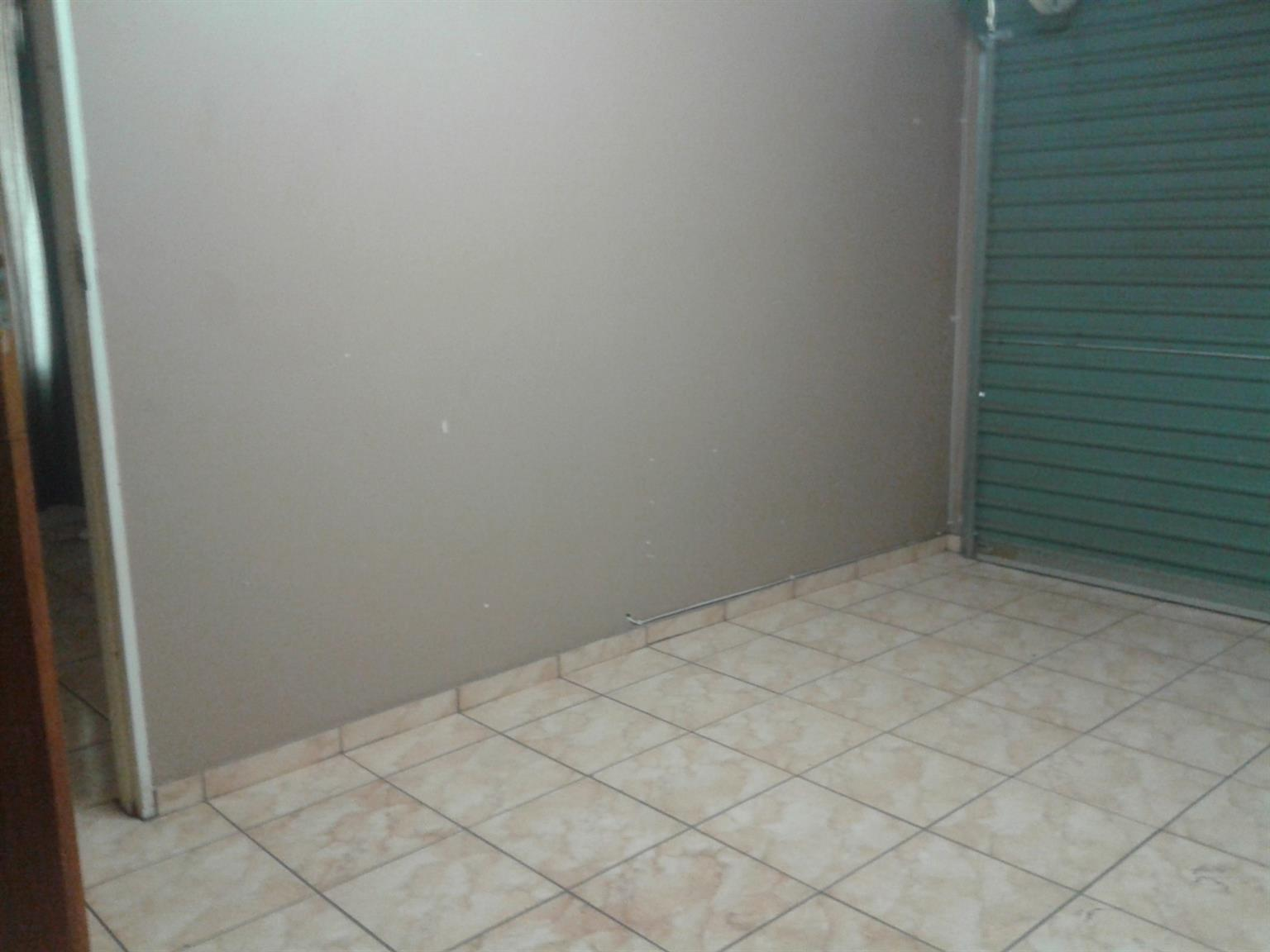 Bachelors Flat fully furnished with lock-up garage for Rent