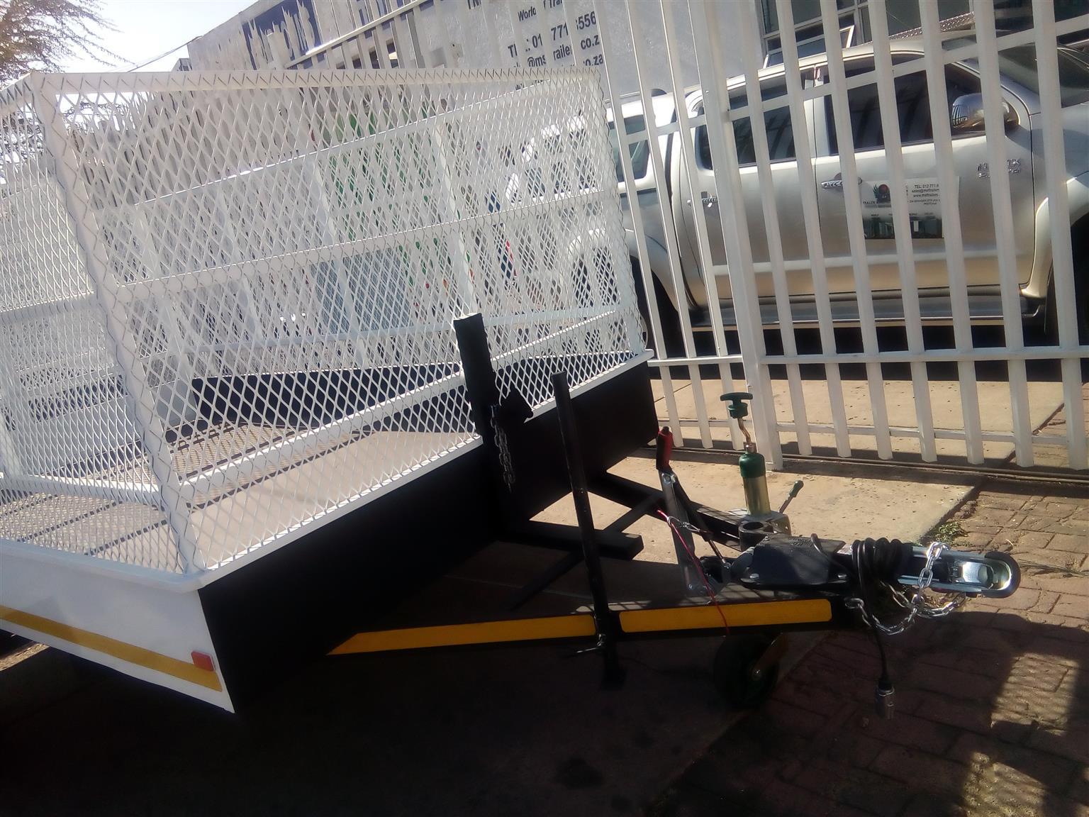 luggage/utility trailers