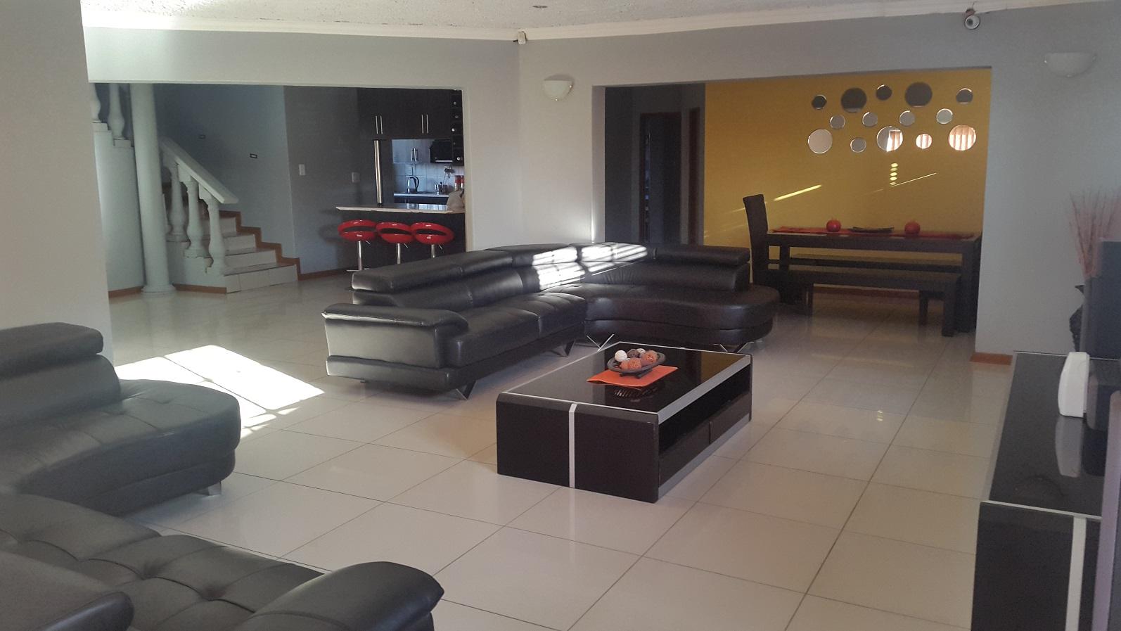 Modern 5 bedroom house for sale