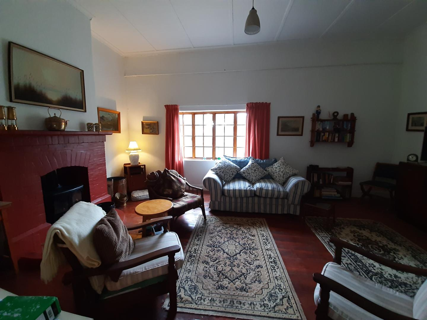 House For Sale in Alexandria