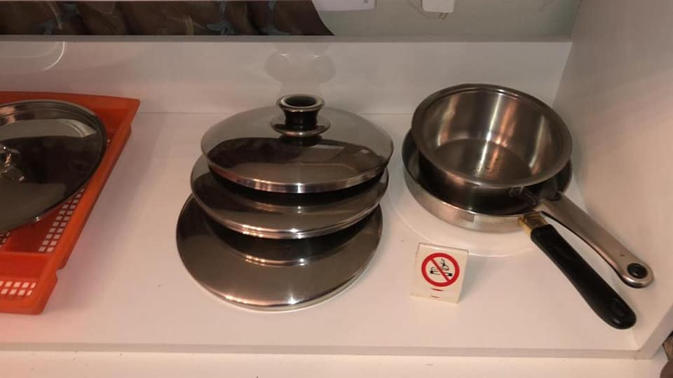Pans and lids for sale