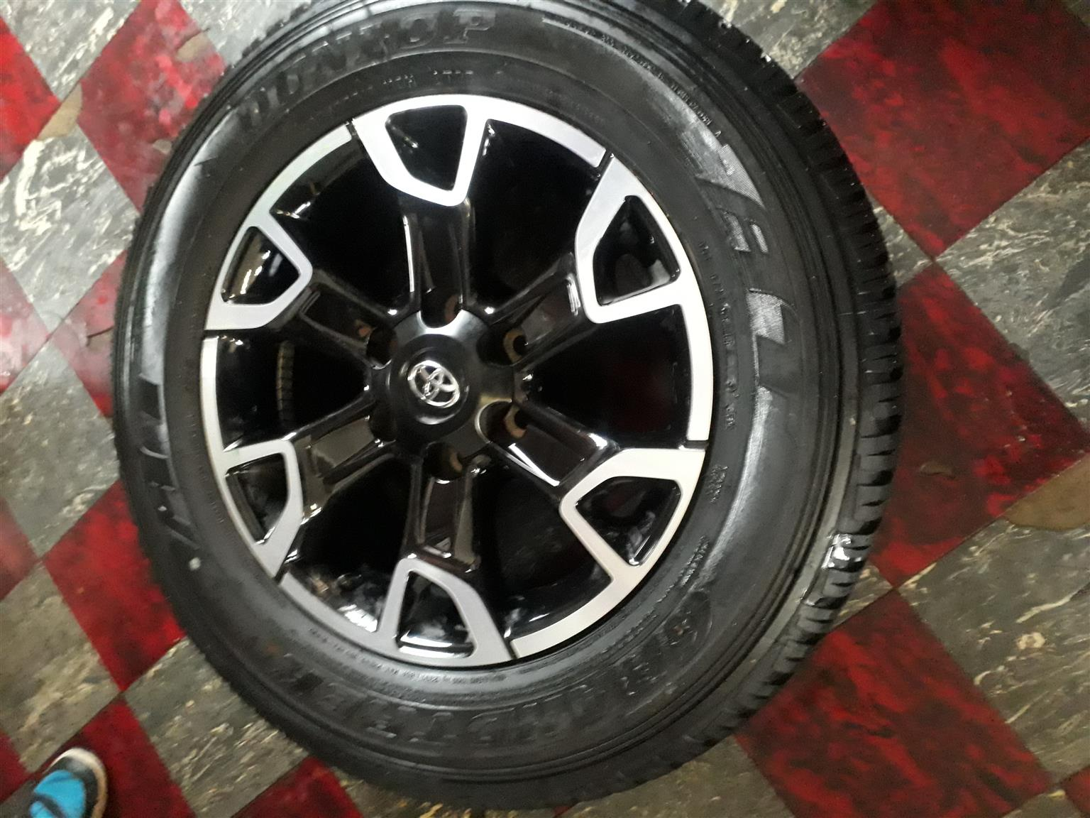"""18"""" Toyota Legend 50 rims and tyres"""